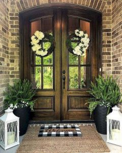 16 Beautiful Farmhouse Front Porches Decorating Ideas 07