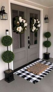 16 Beautiful Farmhouse Front Porches Decorating Ideas 09