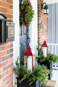 16 Beautiful Farmhouse Front Porches Decorating Ideas 15