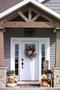 16 Beautiful Farmhouse Front Porches Decorating Ideas 23
