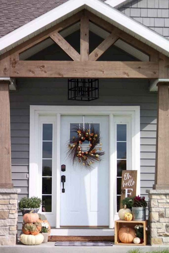 16 Beautiful Farmhouse Front Porches Decorating Ideas 23
