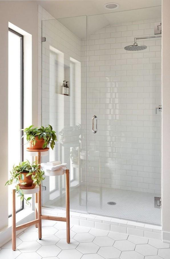 17 Awesome Small Bathroom Tile Ideas 13