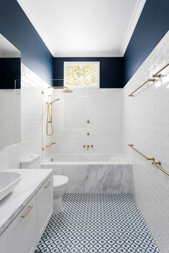 17 Awesome Small Bathroom Tile Ideas 21