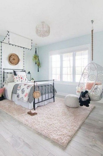 17 Girl Bedroom Decorating Ideas That She Will Love 12