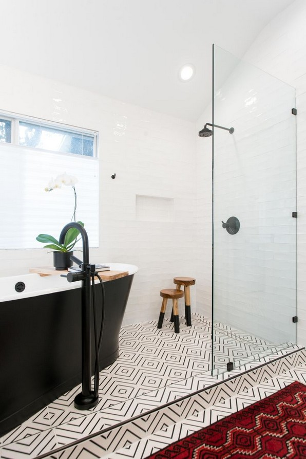 20 Beautiful Bathroom Shower Decoration 15