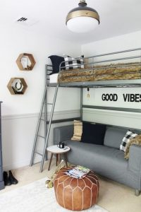 20 Great Ideas For Decorating Boys Rooms 24
